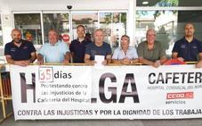 Los empleados de la cafetería siguen con sus protestas a las puertas del hospital comarcal de Caravaca