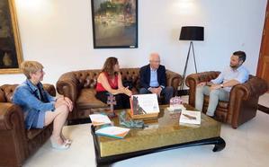 El Ayuntamiento de Caravaca y Proyecto Hombre potenciarán los programas de prevención de adicciones en colegios e institutos