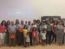 'Orgullo de abuelos y nietos' estrecha los lazos generacionales