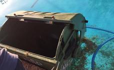 Cierran la piscina de Roldán durante tres días por los actos vandálicos