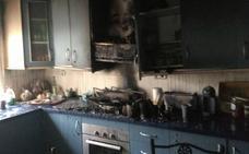 Dos incendios en casas de Molina y Torre Pacheco acaban con dos intoxicados