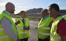 Los trabajos de desbroce y limpieza mejoran la seguridad de la autovía del Mar Menor