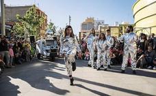 'Odisea 80' aterriza con su divertido teatro de calle