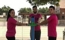 Alumnos de FP enseñan a ponerse en forma en los parques biosaludables
