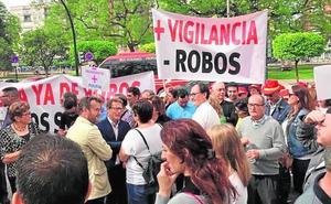 Unos 200 vecinos de Torre Pacheco exigen a la Delegación más protección para combatir los robos