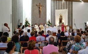 Los vecinos de Los Olmos estrenan su iglesia con la fiesta de la patrona