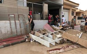 Más de 300 voluntarios ayudan a los damnificados de Torre Pacheco