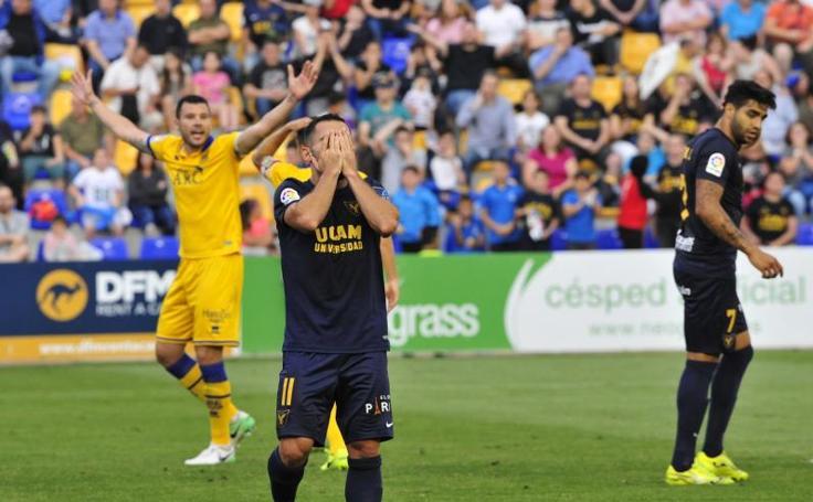El UCAM pierde con el Alcorcón y se mete en un lío (0-1)