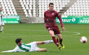 El UCAM ficha al centrocampista Javi Rey
