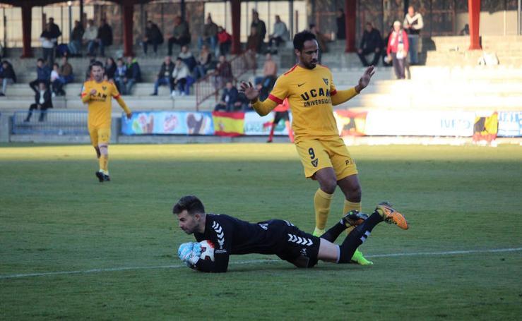 El UCAM CF empata contra el Talavera