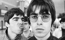 Liam y Noel Gallagher vuelven a enfrentarse por 'One Love Manchester'
