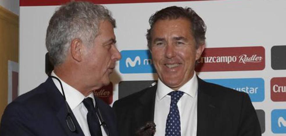 Ángel María Villar ofreció a Monje Carrillo un cargo en la UEFA a cambio de su apoyo