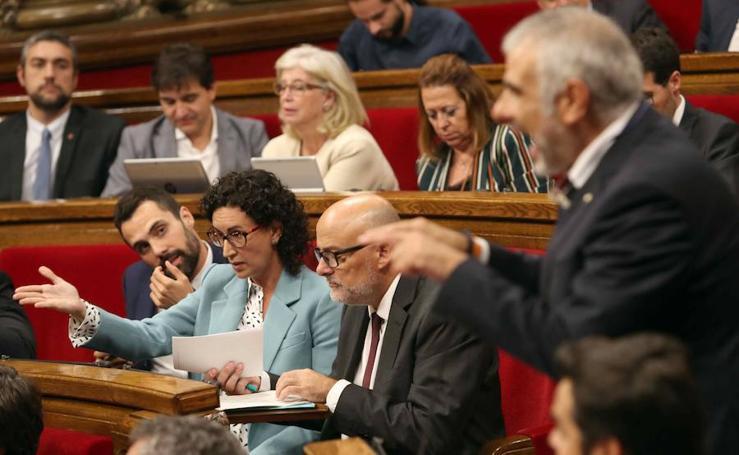El parlamento de Cataluña lanza su desafío independentista