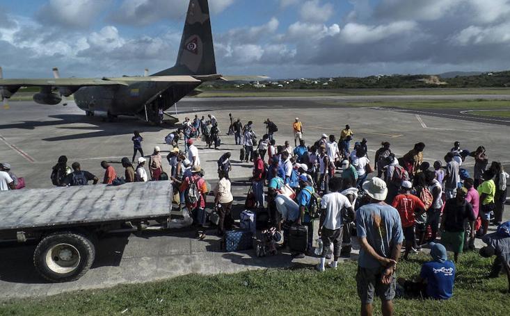 Tres huracanes mantienen en vilo a Florida, las Antillas y el Caribe mexicano