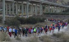 Ruta senderista al Cejo, jugando al atletismo y aquaeróbic, citas populares de la segunda semana de Juegos del Guadalentín