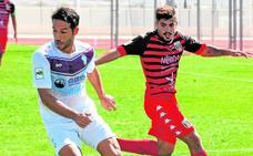 La falta de gol alarma a la afición del Jumilla (1-1)