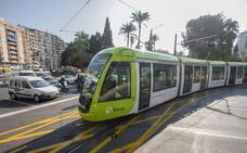 La UMU y Tranvía de Murcia regalan bonos a los universitarios más concienciados con el medio ambiente