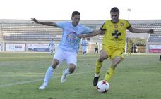 El Lorca Deportiva no encuentra el camino y sigue en el pozo