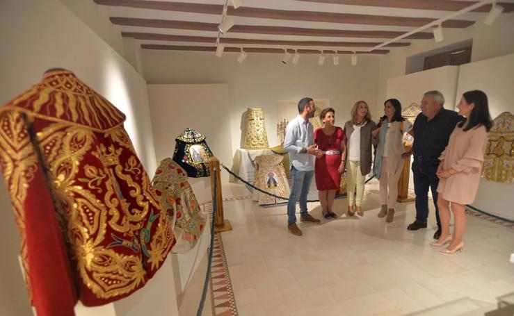 Una exposición con 30 capotes repasa en el Mass cien años de tauromaquia