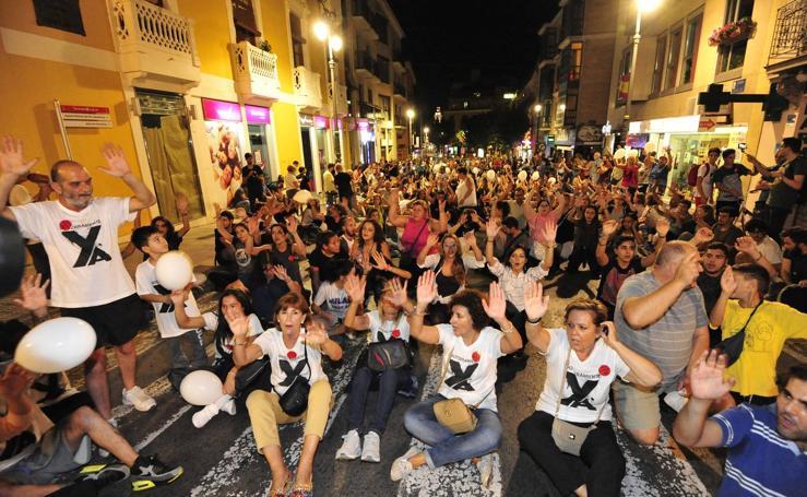 Los vecinos vuelven a protestar en Santiago el Mayor