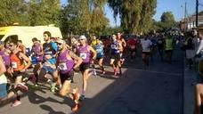 Trescientos corredores participan en la carrera popular 'Run for Parkinson'