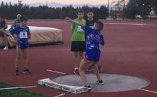 La pista de atletismo Úrsula Ruiz acoge una gran jornada de atletismo