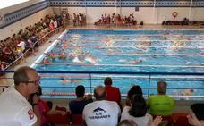 Más de 350 nadadores participan en el Trofeo Ciudad de Lorca