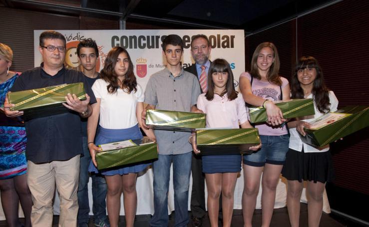III edición: Alumnos del IES Los Albares de Cieza ganan el concurso 'Mi Periódico Digital'