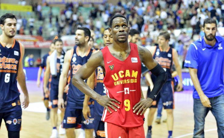 Imágenes del UCAM Murcia-Valencia Basket