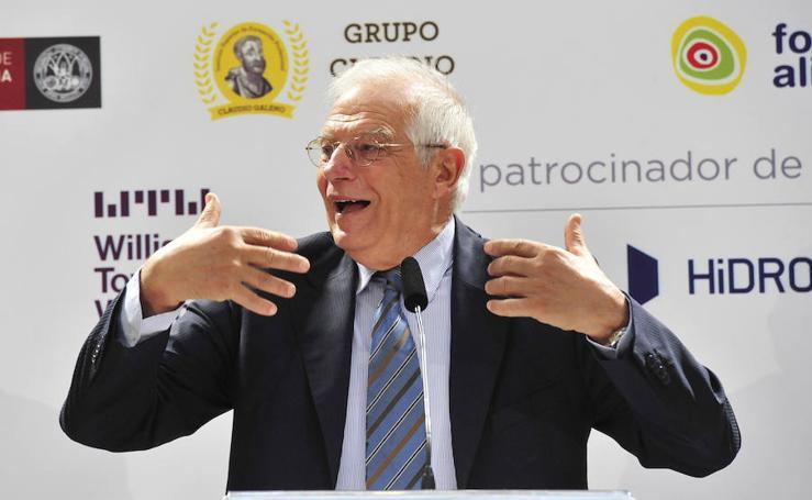 Josep Borrell participa en el Foro Nueva Murcia