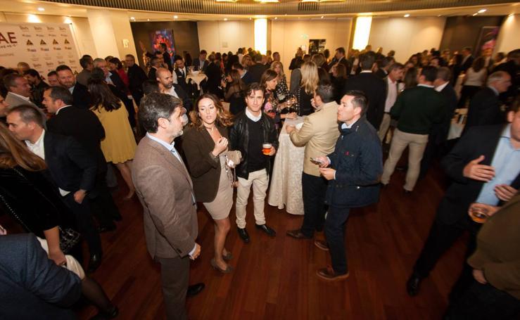 Más de 300 personas asisten a la cena anual de ENAE