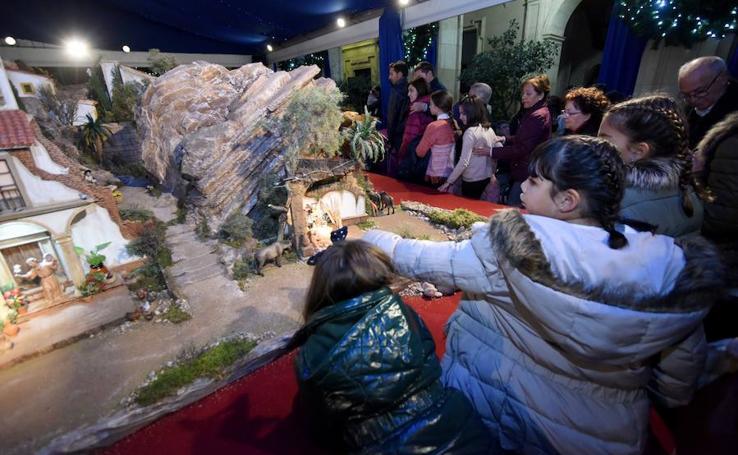 Inauguración del belén municipal de Murcia en el Palacio Episcopal