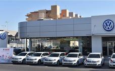 Huertas Motor Cartagena entrega seis Volkswagen Golf a Idea Ingeniería