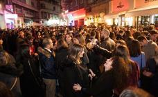 Más de 70 barras externas hicieron de la 'tardebuena' una fiesta callejera