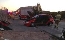Cinco heridos en un accidente en la carretera de Cobatillas a Fortuna