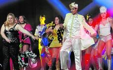Más de mil personas reciben a la reina infantil del Carnaval