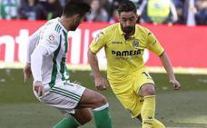 El Betis mira a Europa y frena al Villarreal, que jugó con diez una hora