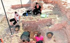Los arqueólogos hallan en Los Torrejones un entramado de pasadizos subterráneos