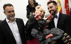 Doña Rogelia: «¡Qué calentones sois por este Cabezo!»