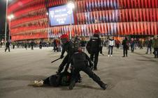 Condena enérgica del mundo del fútbol tras la muerte del ertzaina