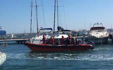 Cruz Roja presenta una nueva embarcación de Salvamento Marítimo en el Mar Menor
