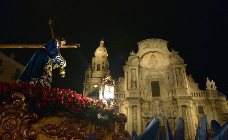 Viernes de Dolores en Murcia: El Amparo en unos ojos azules