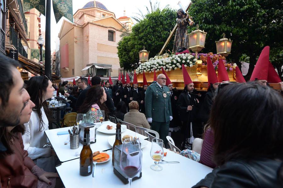 Luto y misericordia en el viernes Santo de Murcia