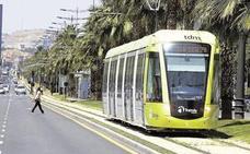 El tranvía de Murcia modifica su servicio el día del Entierro de la Sardina