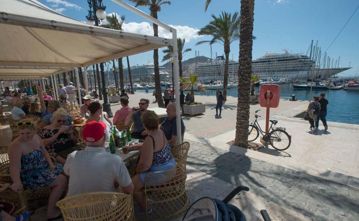 El Puerto se queda con los cruceros de lujo