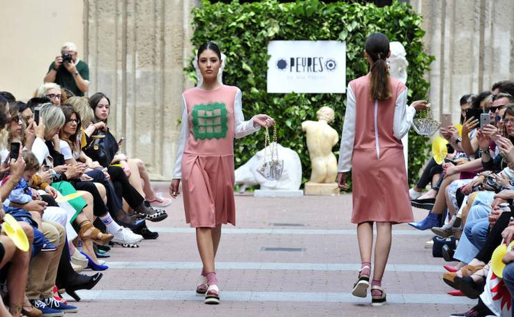 Desfile de moda en el Mubam