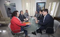 Los empresarios exigen a Fomento celeridad para construir la ZAL y Valverde se compromete a desbloquear el proyecto