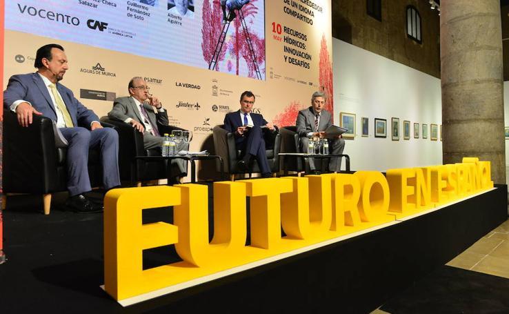 Todas las fotos de la primera jornada del foro Futuro en Español II