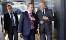 Carlos Egea augura que las entidades bancarias en España se reducirán aún a la mitad