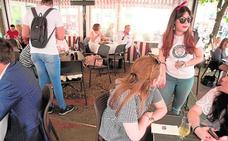 Los hosteleros de Murcia anuncian más cierres si no se alcanza un acuerdo para regular el sector
